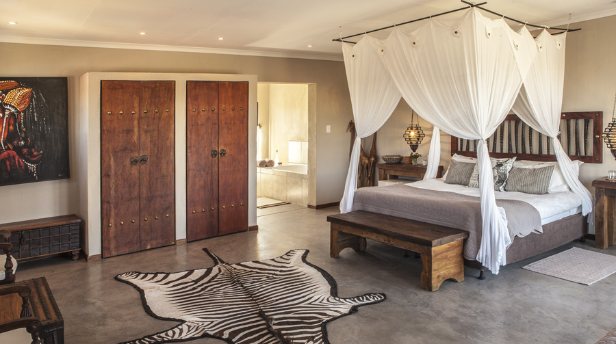 omujeve_hunting_safari_lodge_namibia_suite3a