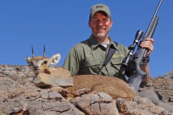 omujeve_hunting_safaris_namibia_steen_buck