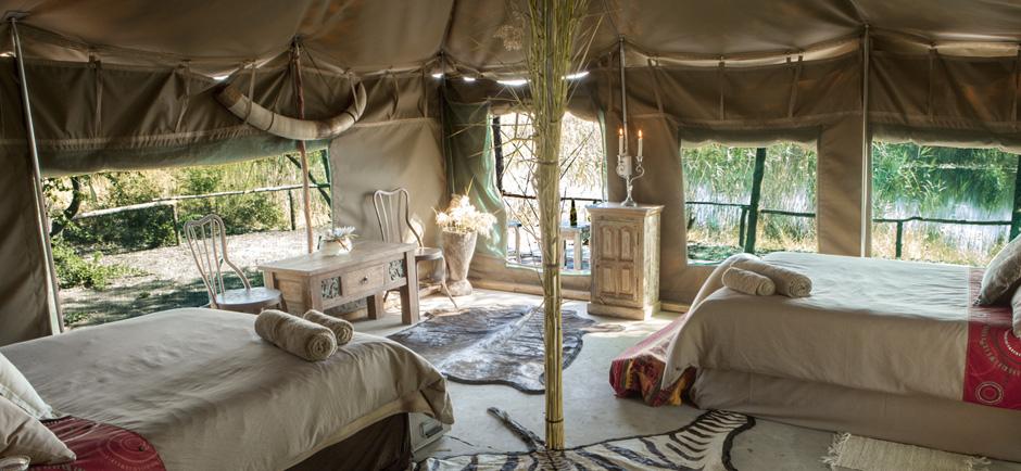 omujeve_hunting_safaris_omatendeka_boat_luxury_tent1